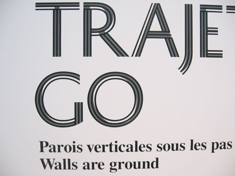 Words 'Trajet/Go' on exhibition wall