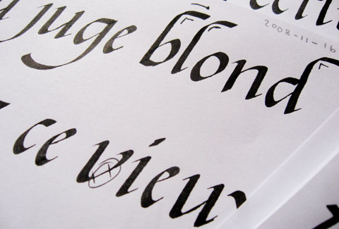 Calligraphy of the words Le Vieux